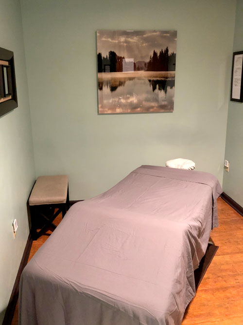 massge therapy Pines West Chiropractic